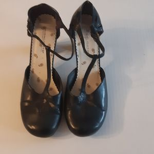 Highlights women's black shoes Size 7.5